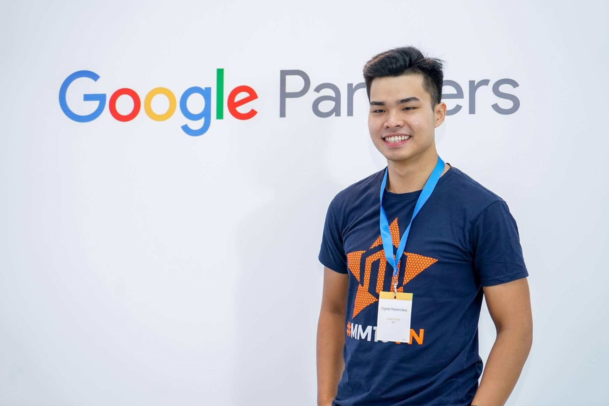 Khóa học Quảng cáo Google Shopping Bắt kịp xu hướng quảng cáo được Google ưu tiên nhất hiện nay. Mang lại đơn hàng 1 cách rẻ nhất có thể. 2